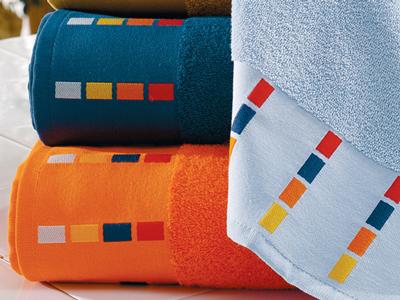 Indvævet-logo-i-bort-håndklæder med borter, uniquemade