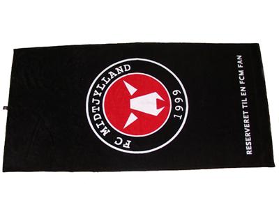 Trykt-logo-på håndklæder, uniquemade