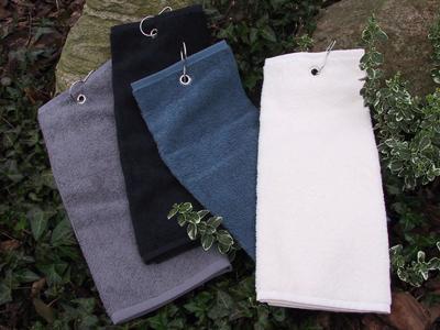 Golfhåndklæder-med-carabinhage